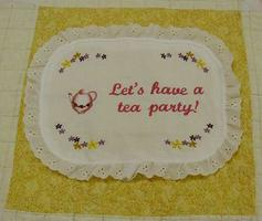 Aesthetic Nest: Sewing: Bandana Quilt Tablecloth (Tutorial)